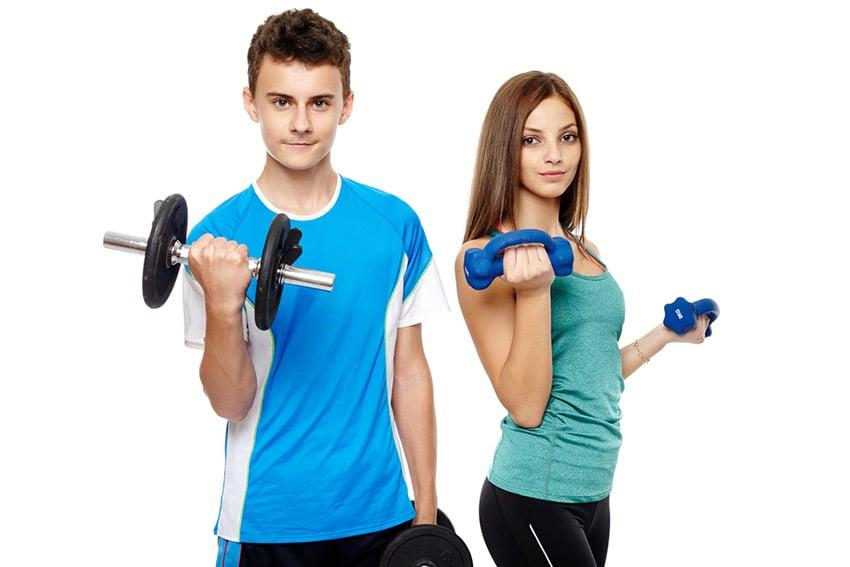 nastolatek siłownia