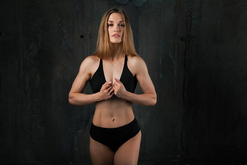 trening klatki kobieta