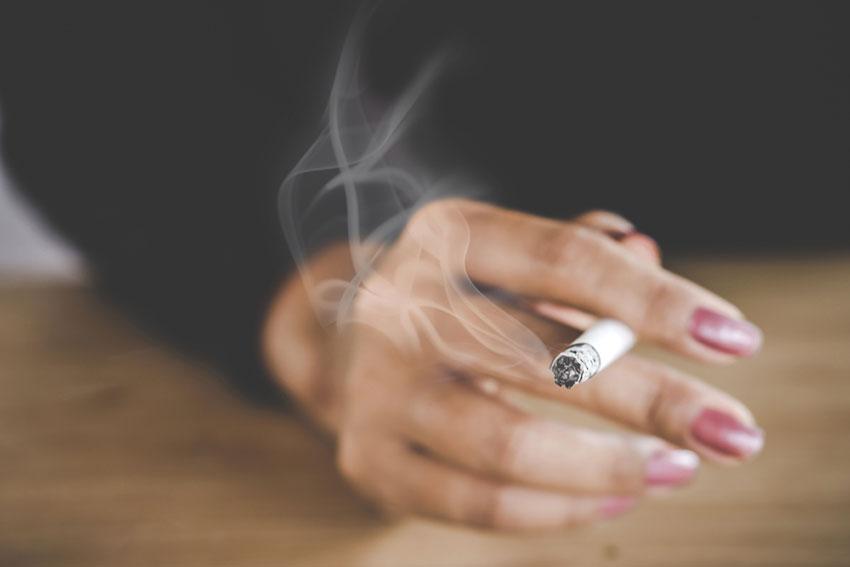 jędrnośc skóry papierosy