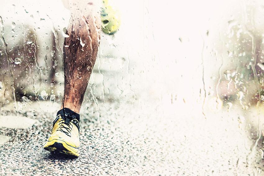 bieganie deszcz