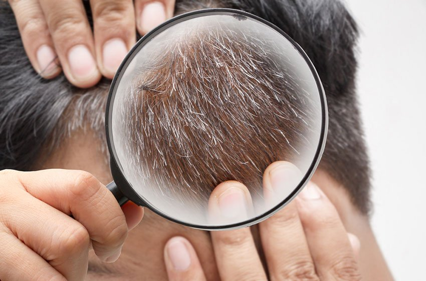 siwe włosy w przybliżeniu