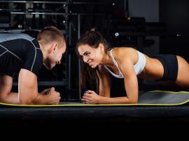 6 błędów treningowych popełnianych przez kobiety oraz 3 rzeczy, których mężczyźni powinni się od nich uczyć
