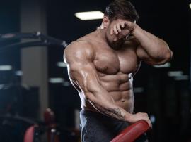 6 rzeczy, których nie powinieneś robić przed treningiem na siłowni