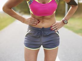 Ból w boku podczas biegania, co go powoduje?