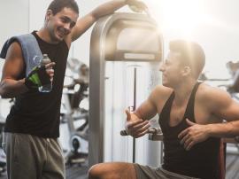 Rozmowy o treningu i diecie.