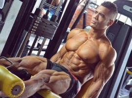 Julian Tanaka – najlepszy model fitness z Kolumbii