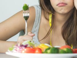 Dlaczego diety zawodzą, dlaczego znów tyjemy?