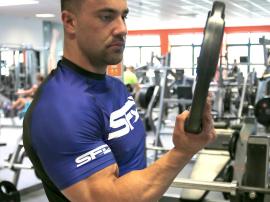 Niekonwencjonalne ćwiczenia na piekielnie mocny chwyt