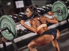 Amy Leigh–Quine - odrzucona przez agencje modelek, postanowiła zostać fitnesską