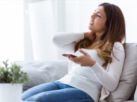 Text-neck, czyli problemy szyjne wywołane smartfonem