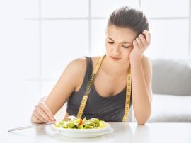 Co się dzieje kiedy mocno ucinasz kalorie w diecie?