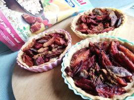 Mini tarty owsiane ze śliwkami