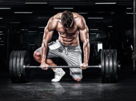 Najgorsze ćwiczenia siłowe. Jakich błędów nie popełniać na siłowni?