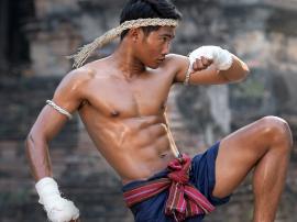 Siłowniai suplementy w boksie tajskim. Jak połączyć siłownię i boks?