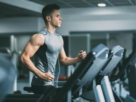 Czy trening aerobowy buduje mięśnie? Aeroby a masa mięśniowa
