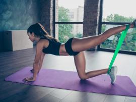 3 ćwiczenia na pośladki, które nie budują mięśni nóg