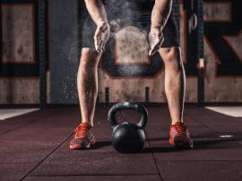 3 powody, dla których warto trenować z kettlebell