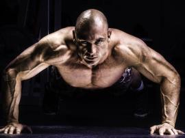 Pompki należą dopodstawowych ćwiczeń osób trenuj