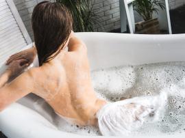 Czy gorące kąpiele zwiększają korzyści z treningów?