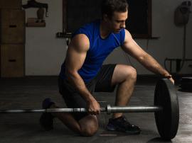Początkujący na siłowni: Co powinienem wiedzieć zanim zaczne treningi?