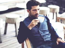 Czy kawa wpływa na poziom testosteronu?