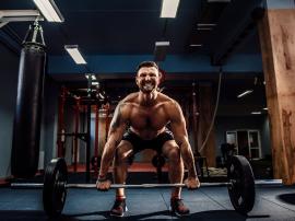 Jak trenować po 40 roku życia? Porady jak ćwiczyć w średnim wieku