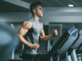 Z treningiem aerobowym wiąże się (co najmniej) jed
