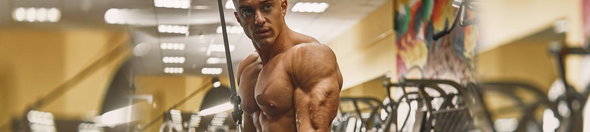 5 najlepszych ćwiczeń na tricepsy