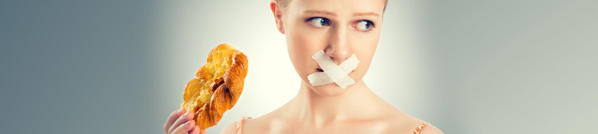 Głodówka, dieta 1000 kalorii oraz inne mity z pierwszych stron gazet