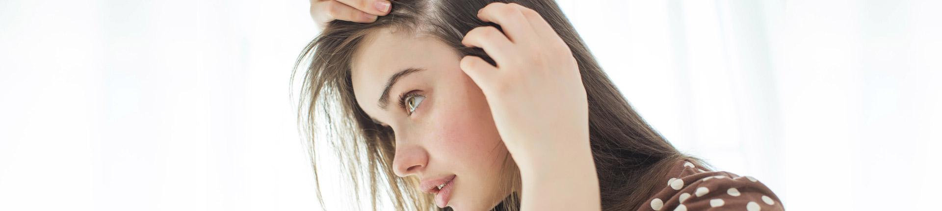 Wypadanie włosów - przyczyny, zapobieganie