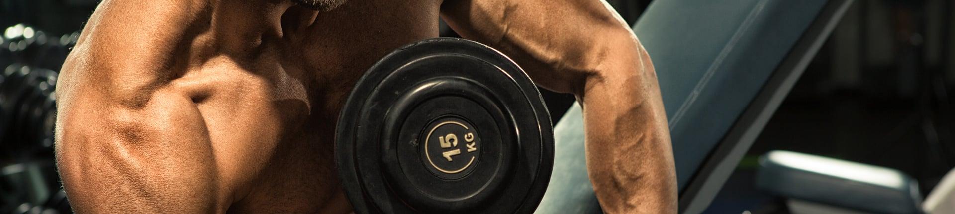 Większa liczba powtórzeń też może budować masę mięśniową