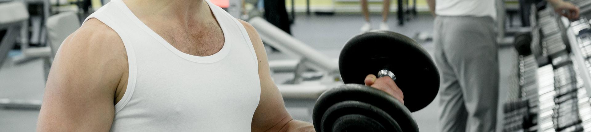 Najczęstsze dylematy początkujących trenujących na siłowni