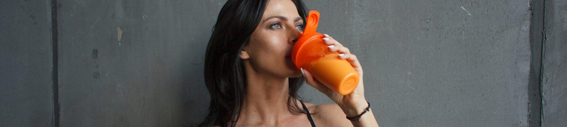 Czy kobiety mogą pić białko? Popularne mity na temat białka!