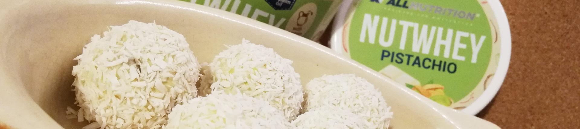 Zdrowe pistacjowe kulki kokosowe
