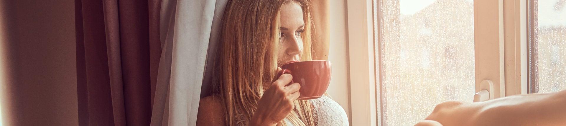 Czy picie kawy działa odwadniająco?