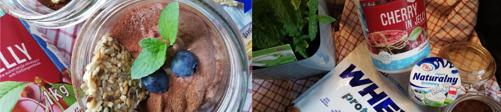 Przepis na błyskawiczny mus czekoladowo - wiśniowy (134 kcal)