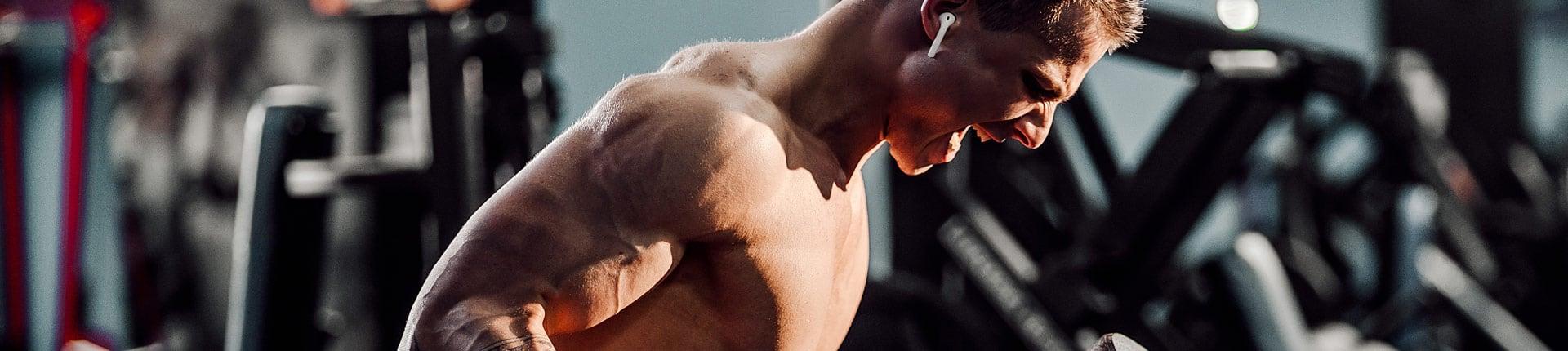 Trening na siłowni bez planu treningowego daje słabe efekty