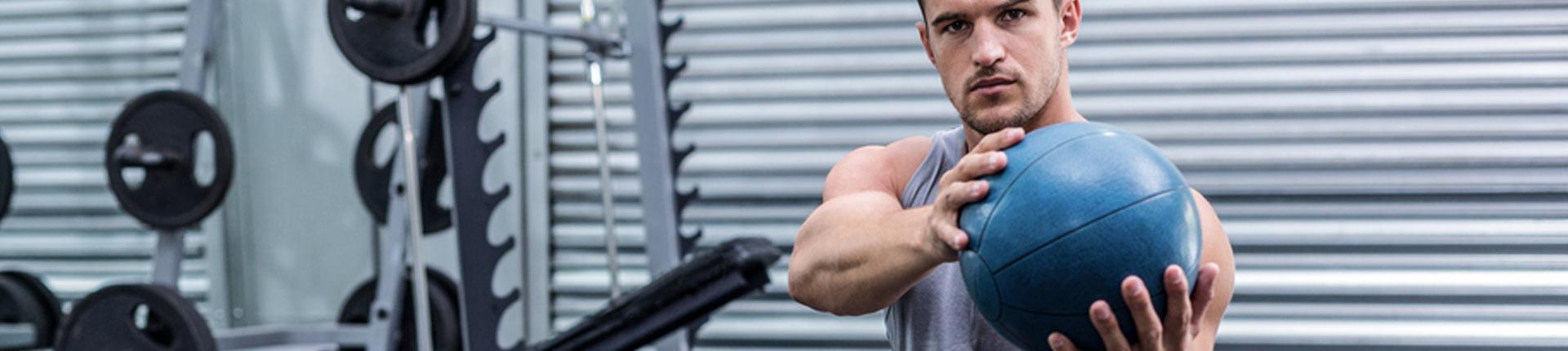 Rozgrzewka dynamiczna przed treningiem siłowym, czy jest potrzebna?