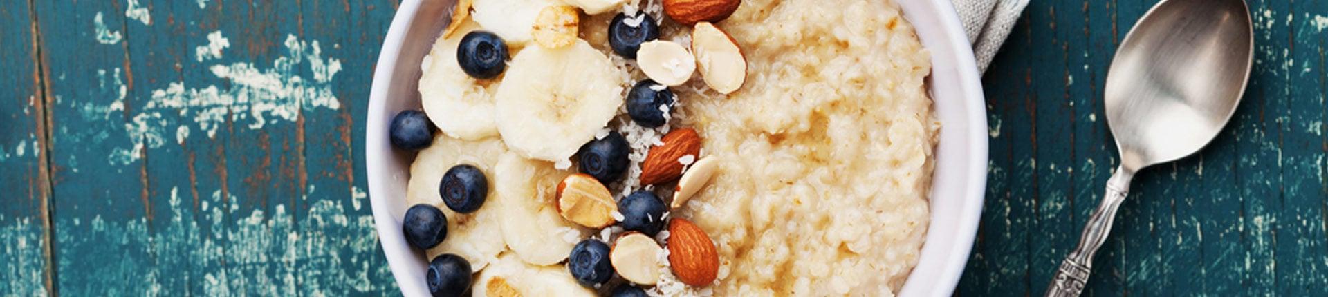 Co jeść na poprawę odporności? Płatki owsiane chronią przed wirusami!