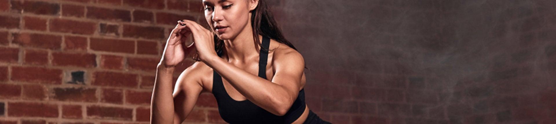 10-minutowy trening całego ciała FBW. Ćwiczenia do wykonania w domu