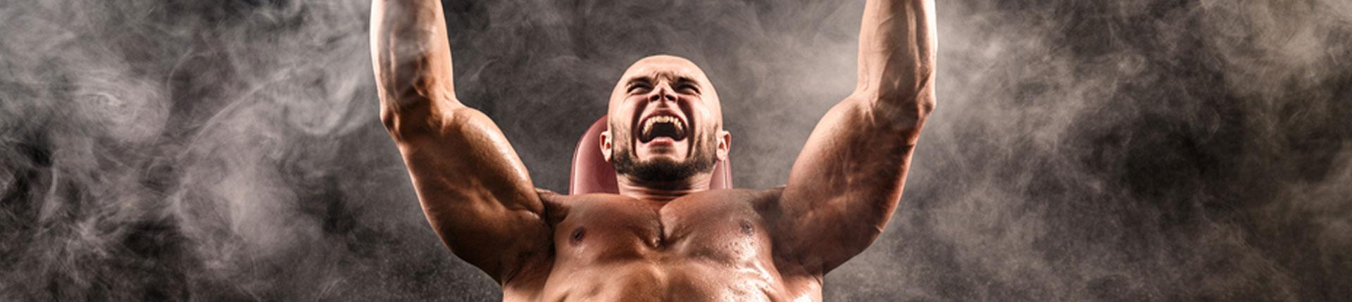 Czy praca fizyczna przeszkadza w treningu siłowym?