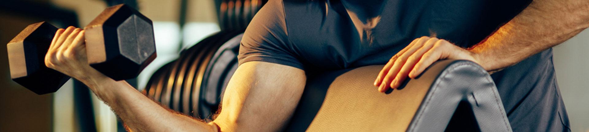 Zestaw dyskotekowy i inne błędy trenujących na siłowni