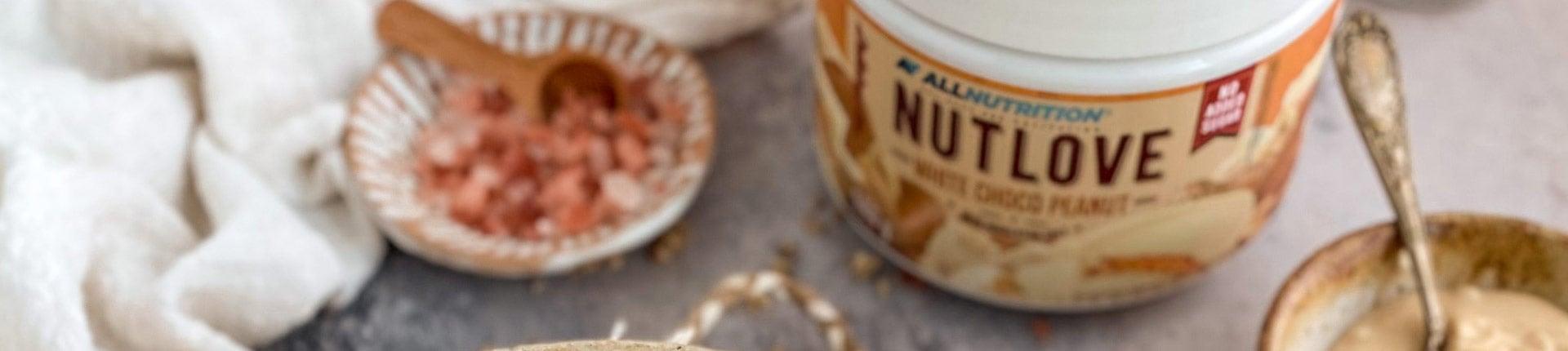 Domowa granola - prażone płatki owsiane z kremem NUTLOVE