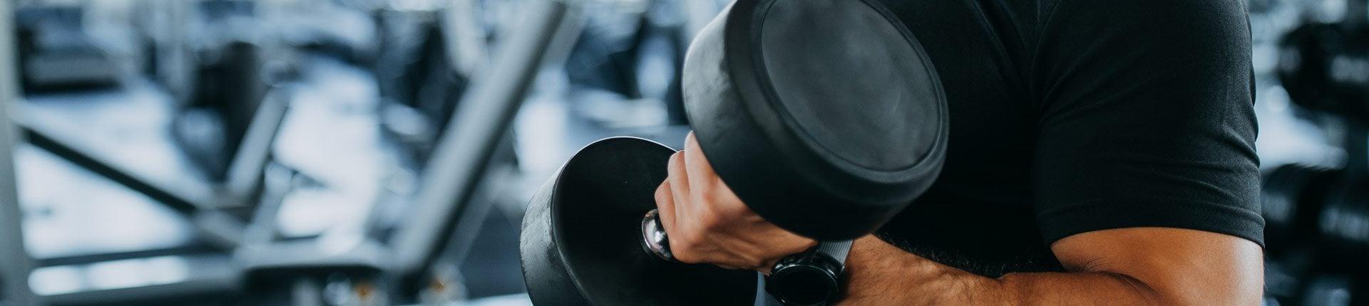 Nie możesz zwiększyć siły i masy? Czy zmiana planu treningowego pomoże?