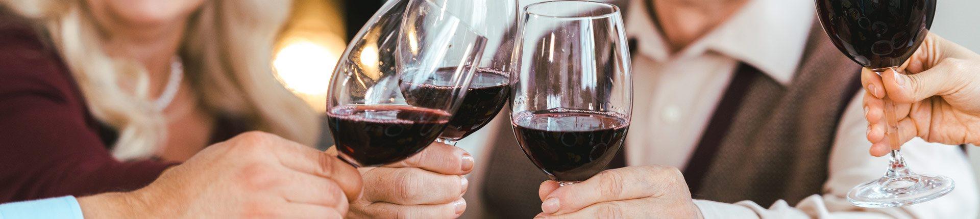 Czy wino zmniejsza ryzyko demencji? Czy wino jest dobre dla seniora?