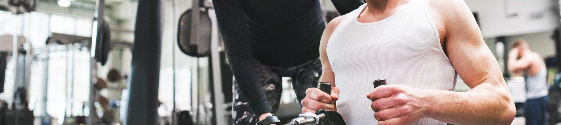 Okiem fizjoterapeuty: Trening siłowy w młodym wieku, od kiedy zacząć?