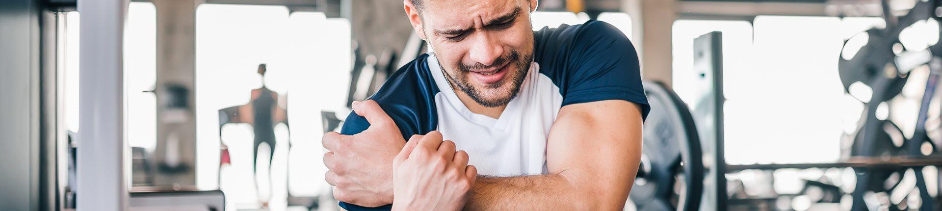 Najczęstsze kontuzje w sporcie - czy trening siłowy może pomóc?