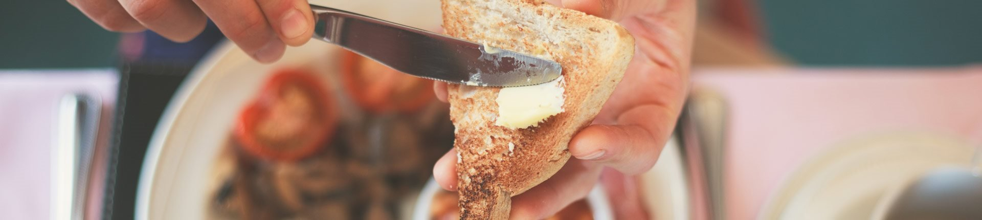 Pomijanie śniadania zaburza rytm wydzielania kortyzolu i powoduje otyłość
