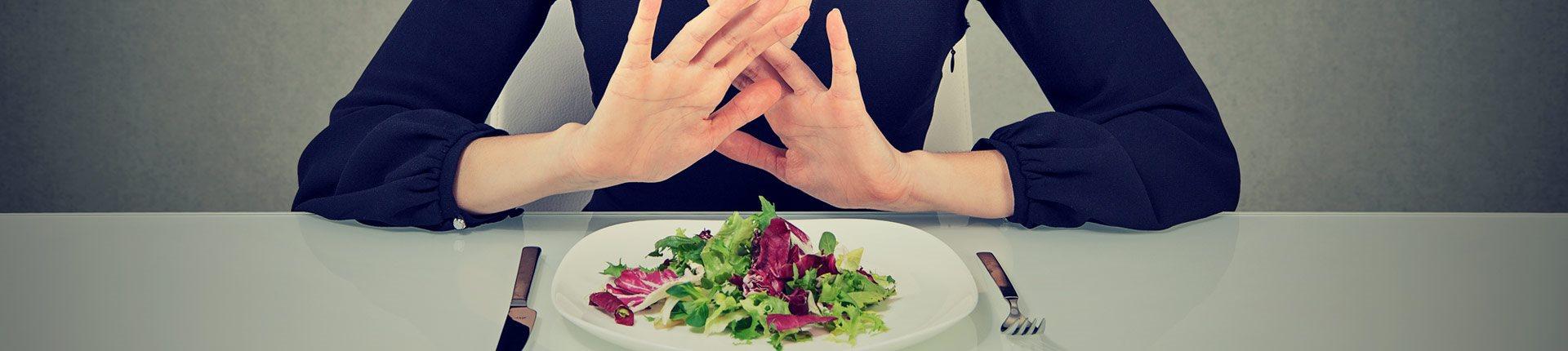 """Dlaczego weganizm wywołuje agresję i niechęć """"wszystkożerców""""?"""